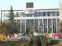 Rregullore e re: 'Bankat Shqiptare te mbulojne kredite e keqija me kapital'