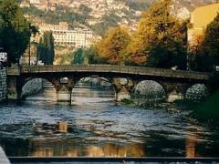 Festivali i Filmit ne Sarajeve – Lufta Ende Teme e Rendesishme