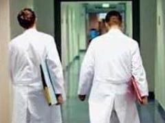 Provimi i Shtetit per infermieret, 50% e te diplomuarve nuk e kalojne testin 1354788926-nuk_kalojne_testin
