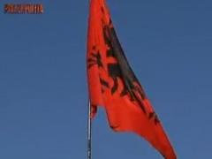 'La7': Shqiperia, toka e premtuar e italianeve