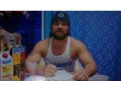 Kengetari qe perfaqesoi Greqine ne Eurovizion, i kendon Ilia Karelit (VIDEO)