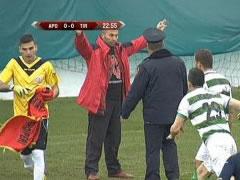 Cakovic  nuk pendohet, behet hero ne Serbi