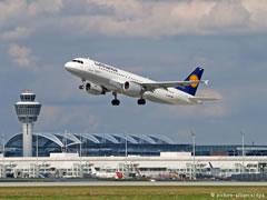 Sa i sigurte eshte fluturimi me avion? 10 fakte per transportin ajror