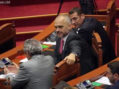 'Edi Rama e fshehu kerkesen per arrestimin e Frrokut'