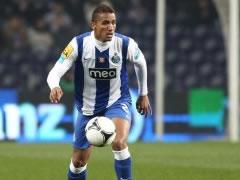 Reali zyrtarizon blerjen e mbrojtesit te Portos