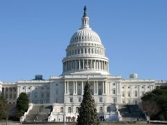 Flamuri amerikan do te valevitet mbi Kongres per shkrimtarin Kadare