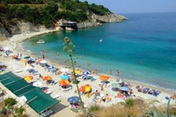 Irritimi i mediave kosovare: 'Cmenden' cmimet ne bregdetin e Shqiperise