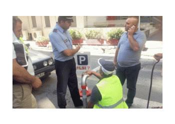 Parkingjet e rezervuara, bashkiaket nuk ia dalin dot tek selia e LSI