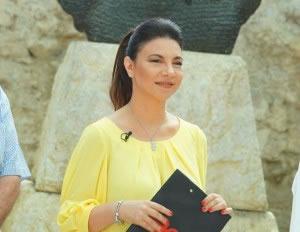 Rudina Xhunga 'sfidon' TCH me emision ne Vizion+