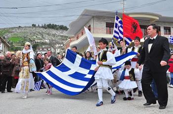 Greqia rikthen pensionet per minoritaret greke ne Shqiperi, perfitojne 260 euro ne muaj