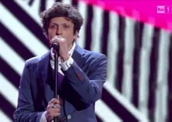 Kengetari shqiptar triumfon ne Sanremo, hyn ne finalen e madhe