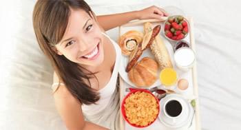 Pse duhet t'i kushtoni vemendje ushqimit te mengjesit