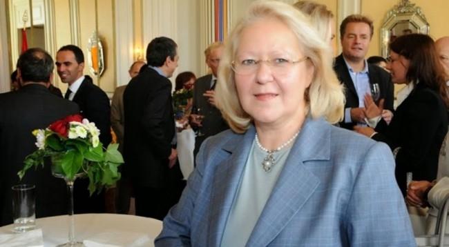 Ambasadorja greke i kerkon Shqiperise te trajtoje me kujdes banoret e Himares