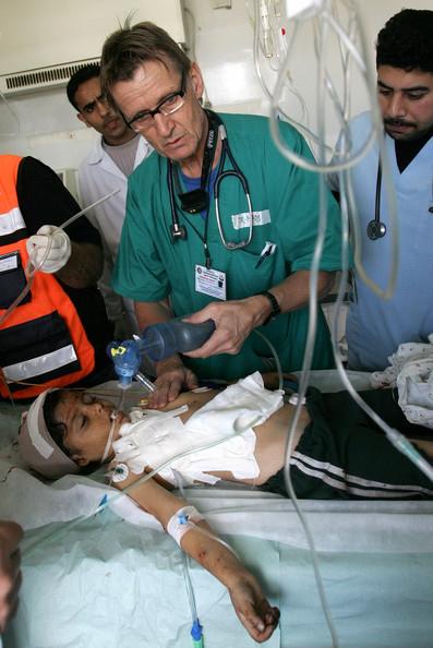 Letera rrenqethese e shkruar nga nje mjek ne Gaza drejtuar njerezimit dhe Obamas 1405947066-gaza-mjekui1