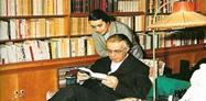 Nexhmije Hoxha: Nga biblioteka e vilës në Bllok janë vjedhur koleksionet e Enverit