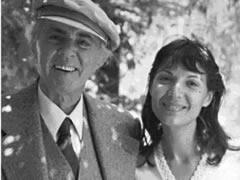 Liliana Hoxha, tregon jeten e saj prane ish-diktatorit komunist Enver Hoxha, si bashkeshorte e te birit, Sokolit. Ne intervisten qe i dha gazetarit Blendi ... - 1287673241-liljana_hoxha