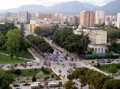 Borite e makinave, cfare stresi ne Tirane