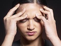 Nga vijne dhimbjet e kokes dhe si kurohen