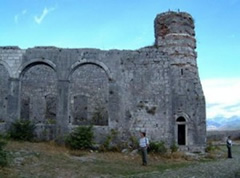 Zbulimi i arkeologeve polake: Kryeqendra Ilire ka qene Rozafa
