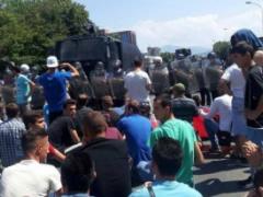 Protestat e shqiptareve ne Maqedoni do te vazhdojne