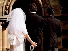 Shkup, dhendri gjen nusen duke bere seks diten e dasmes