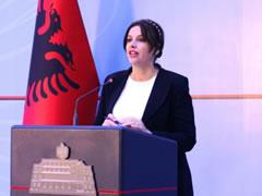 Sula: Baze te dhenash per te humburit e diktatures
