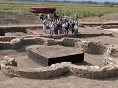 18 Prilli dita e monumenteve dhe e vendbanimeve historike