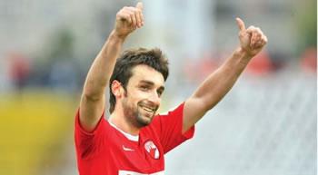 Bakaj largohet nga Tirana