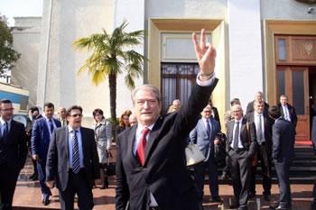 Berisha: Rezultat i pamerituar, por Kosova fituesi moral i zgjedhjeve