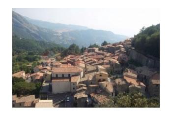 Ne qytezen arbereshe Falconara Albanese