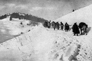 Lufta e 'harruar': Kur mijera serbe vdisnin ne malet shqiptare