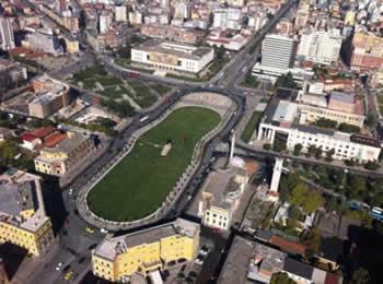 'Shperthen' Hila per Skenderbeun: Pasardhes leshi ke lene?! S'po te bejne dot nje shesh