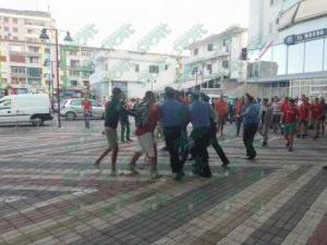 Perleshje mes tifozeve te kuq dhe policise ne 'Elbasan Arena'