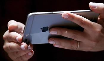 Iphone 7 pa butonin tradicional si dhe kufjet 'JACK'