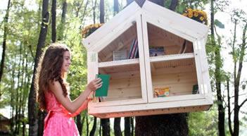 Hapen te liqeni mini-bibliotekat e para ne Shqiperi, Kumbaro: Rrojme dhe pa Nobel