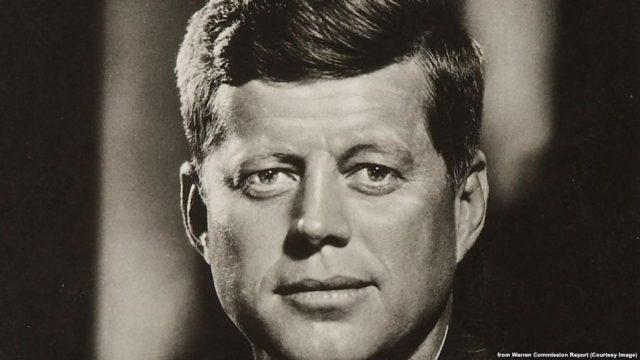 Pritet dalja e dosjeve te fundit te papublikuara per vrasjen e Presidentit Kennedy