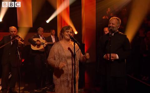 Muzika e magjishme e sazeve shqiptare ne emisionin legjendar britanik